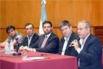 Bolivia se une a lucha de tres países contra la langosta