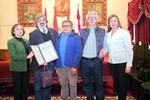 El sacerdote Bernardo Gantier junto con su familia: Rosario Gantier, César Maldonado, Juan Luís Gantier  y María del...