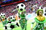 INAUGURACIÓN. La corta ceremonia de apertura del Mundial de Fútbol derrochó color en Moscú.