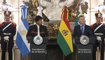 Evo negociará con Macri compra de aviones argentinos