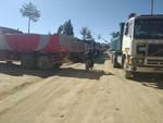 San Lucas: Volqueteros bloquean transporte de minerales a Potosí