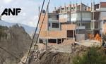 Se desploman dos casas más por deslizamiento en La Paz