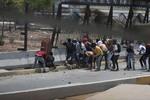 Más de 50 heridos en el segundo día de protestas antigobierno en Venezuela