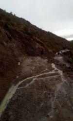 Alcalde y concejales de Potosí quedan aislados por crecida de ríos y derrumbes