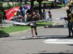 Triatlón en Sucre reúne a un centenar de deportistas de cinco ciudades