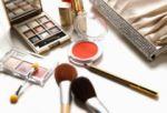 Comunidad Andina digitaliza trámites para facilitar el comercio de productos cosméticos