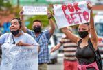 Indignación en Brasil por muerte de hombre negro tras paliza en supermercado