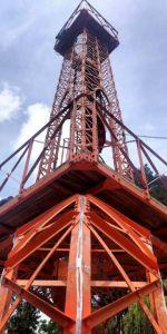 Refaccionan piezas de la torre Eiffel que fueron soldadas
