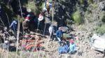 Chuquisaca: Ocho personas fallecidas al caer un trufi por un barranco en los Cintis