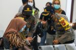 Un Boeing que desapareció en Indonesia llevaba 62 personas a bordo