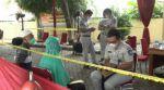 El triste desfile de familiares de víctimas del Boeing indonesio para que les extraigan su ADN