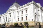 Jueces continuarán ganando menos que administrativos