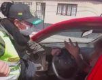 Potosí: Policía que fue golpeada y arrastrada concilia con su agresor