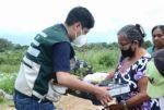 Gobierno entrega 100 kits de cocinillas, manguera de conexión y garrafas a familias damnificadas en Beni