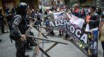 Segundo día de protestas en La Paz: Policía gasifica a cocaleros y estudiantes