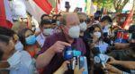 """Gobernador de Tarija denuncia """"persecución judicial"""" por orden de aprehensión a días de las elecciones"""