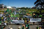 Evangélicos protestan en Brasil contra suspensión de servicios religiosos