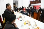 Presidente de Diputados abre posibilidad de regular programas de televisión