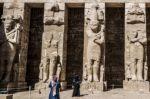 """Egipto vacunará """"prioritariamente"""" a empleados del sector del turismo"""