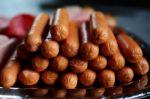 San Juan: En Potosí venden salchichas elaboradas con carne de llama