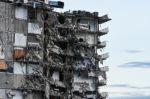 Un muerto al colapsar parcialmente un edificio residencial en EEUU
