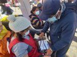 Abren punto móvil de vacunación en el mercado El Morro