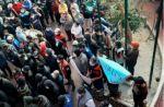 """Reos de San Pedro protestan por """"privilegios"""" de Jeanine"""