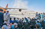 Cruentos ataques en Kabul agravan crisis de Afganistán