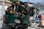 Los talibanes siguen sin nombrar gobierno en Afganistán, donde persisten combates en Panshir