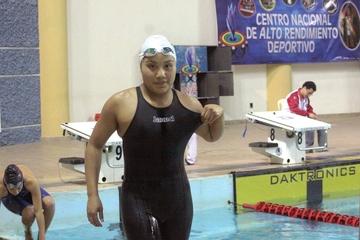 Nadadores van a Perú
