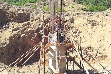 Avanzan obras en el puente más largo en el municipio