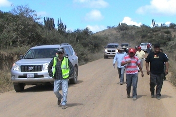 """Choferes de Chuquisaca inspeccionan la """"Ruta del Cemento"""""""