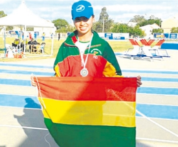 Boliviana gana prueba  de atletismo en México