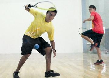Raquet prepara selección