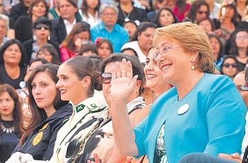 Bachelet promete barrer  con la corrupción en Chile