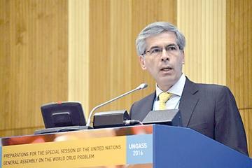 Países reclaman cambios en estrategia antidrogas