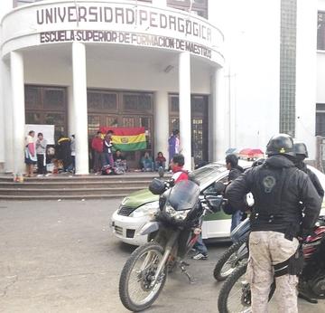 Postulantes a ex Normal radicalizarán su protesta