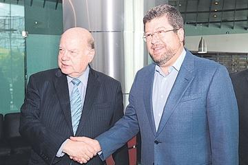 Oposición plantea quejas a Secretario General de la OEA