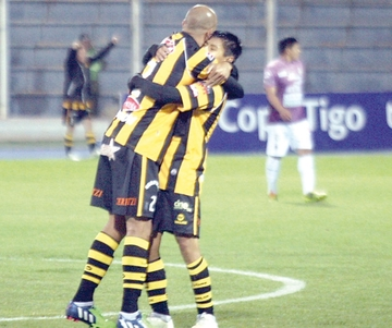 El Tigre da dos  zarpazos para  ganar en Potosí