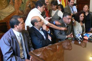 Partidos se informan sobre metodología de foro debate