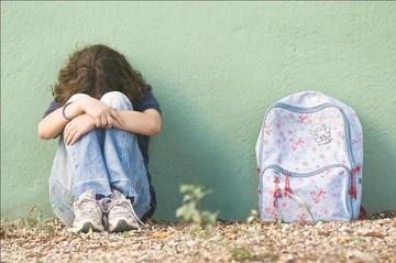 """Defensoría del Pueblo detectó """"bullying"""" en 12 colegios de La Paz"""
