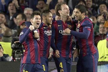 Barcelona avanza en un gran partido de Lionel Messi