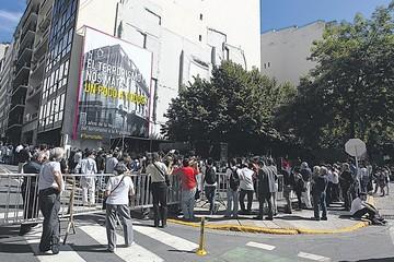 Un fiscal pide investigar a la Presidenta argentina