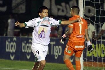 Selección: Soria  convoca a dos  jugadores más
