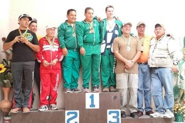 Santa Cruz se corona campeón