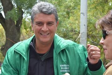 Ernesto Suárez sella alianza con Nacer