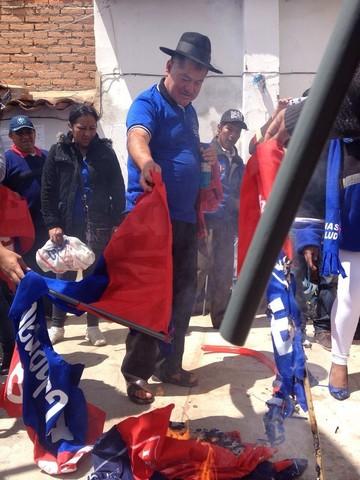 Valeriano renuncia a su candidatura a gobernador por el FRI y decide retornar al MAS