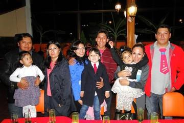 Kinder Montessori festeja a los papás