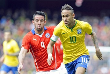Firmino decide el triunfo de Brasil ante Chile en Londres