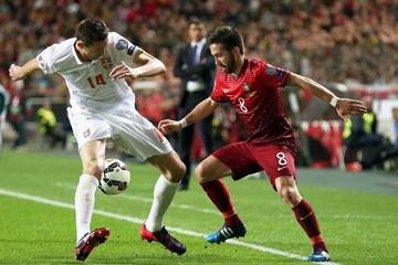 Portugal vence a Serbia